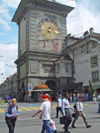 Bern / Berne: clock tower gate - Zeitglockentur II (photo by Christian Roux)