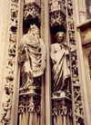 Switzerland - Lausanne (Vaud canton): guardians of the temple - Notre-Dame Cathedral portal - d�tail portail occidental - photo by M.Torres