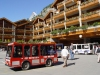 Switzerland / Suisse / Schweiz / Svizzera - Zermatt: shuttle bus (photo by C.Roux)