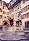 Switzerland - Zurich / Zurigo / ZRH : fountain (photo by M.Torres)