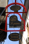 Damascus, Syria: sign of 'Le Piano' bar - St. Ananias st - old quarter - photographer: M.Torres