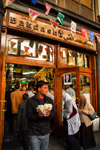 Damascus, Syria - Souq Al Hamidiyeh - leaving the Backdach ice-cream parlour - photo by M.Torres / Travel-Images.com