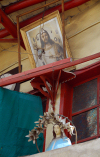 Damascus, Syria: Jesus and the Virgin - balcony in the Christian quarter - photo by M.Torres