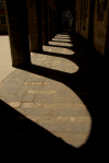 Damascus / Damaskus - Syria: St. Paul's Greek Catholic church - arcade - shadows - photo by M.Torres