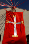 Damascus / Damaskus - Syria: Saint Sarkis Armenian Apostolic Church - flag with cross - Easter - photo by M.Torres