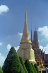 Bangkok / Krung Thep, Thailand: stupas at the Royal palace - domes - photo by J.Kaman