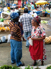 Trinidad - Port of Spain: women in the market - photo by P.Baldwin