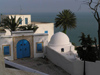 image of Tunisia - Sidi Bou Said: house with a view - coast (photo by J.Kaman)