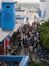 image of Tunisia - Sidi Bou Said: balcony over the crowd (photo by J.Kaman)