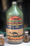 Tunisia / Tunisie - Mides oasis: Souvenir made of colorful sands - bottle (photo by J.Kaman)