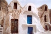 Tunisia / Tunisia / Tunisien - Medenine: ghorfas in a ksar (plural ksour) - a Berber granary (photo by M.Torres)
