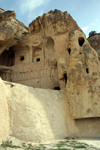 Turkey - Cappadocia - Goreme: ruins of Karanlik rock-cut church / Karanlik Kilise - Goreme Open Air Museum - photo by C.Roux