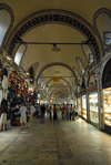 410 Istanbul, Turkey: in the bazaar - Kapali Carsi - built under Sultan Mehmed the Conqueror - photo by M.Torres