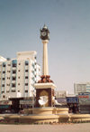 UAE - Sharjah: clock - Rollo square - photo by M.Torres