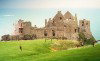 ulster21.jpgDunluce Castle (county Antrim): on the edge - stronghold of the MacDonnells (photo by Miguel Torres)