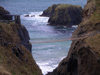 Ulster - Northern Ireland - County Antrim: Carrick-a-Rede / Carraig-a-Rade suspension bridge (photo by R.Wallace)