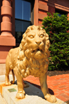 Portsmouth, New Hampshire, USA: bronze lion, a symbol of Frank Jones, who rebuilt the Rockingham Hotel - New England - photo by M.Torres