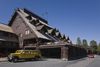 Yellowstone National Park, Wyoming, USA: the historic Old Faithful Inn - architect Robert Reamer - photo by C.Lovell
