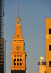 Denver, Colorado, USA: Daniels & Fisher Tower - modeled on the campanile of St. Mark's Cathedral in Venice - blond brick and terracotta trim - Seth-Thomas clock - architects Frederick J. Sterner and George H. Williamson - 16th Street Mall and Arapahoe Street, CBD - photo by M.Torres