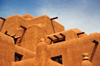 Santa F�, New Mexico, USA: terraces of the Inn and Spa at Loretto - revival Pueblo architecture - Old Santa F� Trail - photo by M.Torres