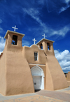 Ranchos de Taos, Taos County, New Mexico, USA: San Francisco de Assisi Mission Church - built in adobe by the Spanish - photo by M.Torres