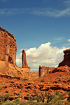 Arches National Park, Utah, USA: Park Avenue trail - northern end of the canyon - photo by M.Torres