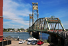 Portsmouth, New Hampshire, USA: Memorial Bridge - through truss lift bridge between Portsmouth, New Hampshire and Badger's Island in Kittery, Maine - open to bicycle and pedestrian traffic only - Piscataqua River - Badgers Island, ME - New England - photo by M.Torres