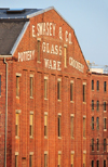 Portland, Maine, New England, USA: red brick warehouse near the harbour - E.Swasey Glass, Pottery and Crockery - photo by M.Torres