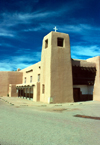 Santa F� (New Mexico): church - photo by J.Kaman