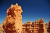 Bryce Canyon National Park, Utah, USA: Sunset Point - monolith and rock fin - photo by M.Torres