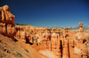 Bryce Canyon National Park, Utah, USA: Sunset Point - sand and hoodoos - Thor's hammer on the right - photo by M.Torres