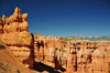 Bryce Canyon National Park, Utah, USA: Sunset Point - monolith and hoodoos - photo by M.Torres