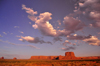 Monument Valley / Tsé Bii' Ndzisgaii, Utah, USA: sky and horizon - Navajo Nation Reservation - San Juan County - photo by M.Torres