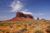 Monument Valley / Tsé Bii' Ndzisgaii, Utah, USA: Sentinel mesa - Navajo Nation Reservation - photo by A.Ferrari