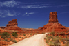 Valley of the Gods, San Juan County, Utah, USA: FR 242 dirt road - Tom Tom Towers (left) and Eagle Plume Tower (right) - photo by A.Ferrari