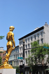 Louisville, Kentucky, USA: gilded replica Michelangelo's of Statue of David, intersection of 7th and Main St - photo by M.Torres