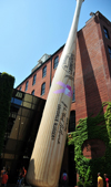 Louisville, Kentucky, USA: Louisville Slugger Museum and Factory, a museum dedicated to Baseball and located in in the West Main District of downtown - giant baseball bat - West Main District - photo by M.Torres