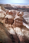 USA - Cocoa Mountains - Petrified Forest National Park (Arizona): painted pocks - Photo by G.Friedman