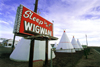 USA - Navajo Nation (Arizona): sleep in a wigwam - Photo by G.Friedman