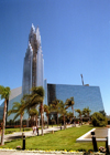 Garden Grove (California): Dr. Robert Schuller's Crystal Cathedral - exterior - Orange County - Photo by G.Friedman