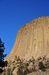 Devils Tower National Monument, Wyoming: the tower is a sacred site for many tribes of American Indians - it is known to the Lakota as 'Bears Lodge' - Mato Tipila - photo by M.Torres