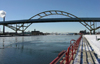 Milwaukee (Wisconsin): Hoen bridge - the 'bridge to nowhere' - Lake Front - photo by G.Frysinger