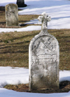 Freistadt (Wisconsin): the graveyard - German grave - winter - snow - photo by G.Frysinger
