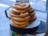 Manhattan (New York City): Pretzels at 5th Avenue - street food - photo by M.Bergsma