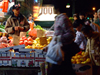 Manhattan (New York City): Chinatown - fruit stall - photo by M.Bergsma