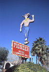 Laughlin (Nevada): Pioneer Casino - cowboy - vic - photo by A.Bartel
