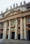Santa Sede - Vaticano - Roma - Entrance to St Peter's Basilica (photo by Miguel Torres)