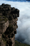 34 Venezuela - Bolivar - Canaima NP - Cliffs and clouds, at the southern edge of Roraima II - photo by A. Ferrari