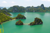Halong Bay - Vietnam: two islands and a peninsula - UNESCO World Heritage site - photo by Tran Thai