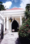 US Virgin Islands - Saint Thomas: Charlotte Amalie - the Sephardic Synagogue on Crystal Gade (photo by M.Torres)